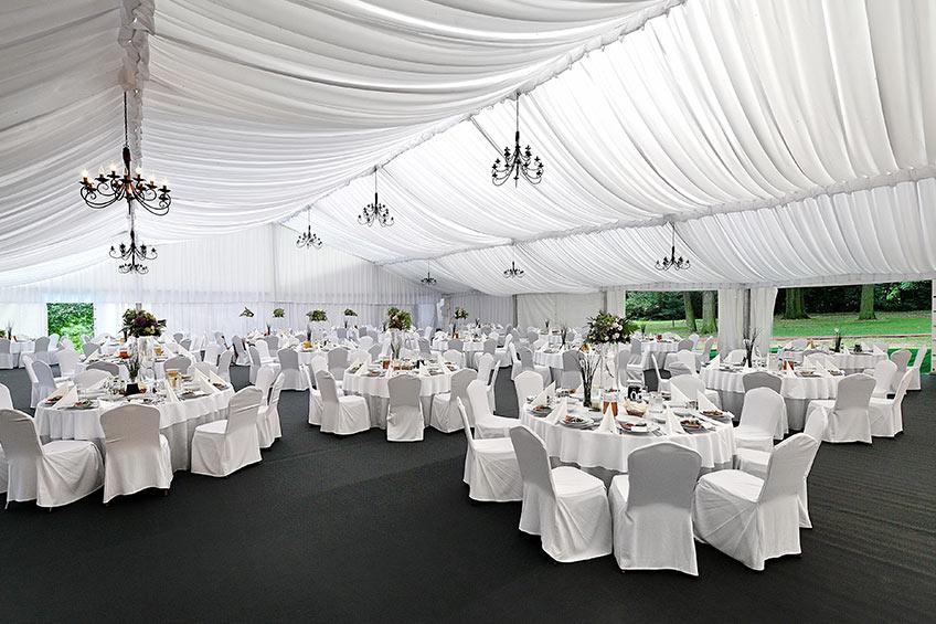 Wynajem hali weselnej na uroczystość weselną we Wrocławiu dla 200 gości