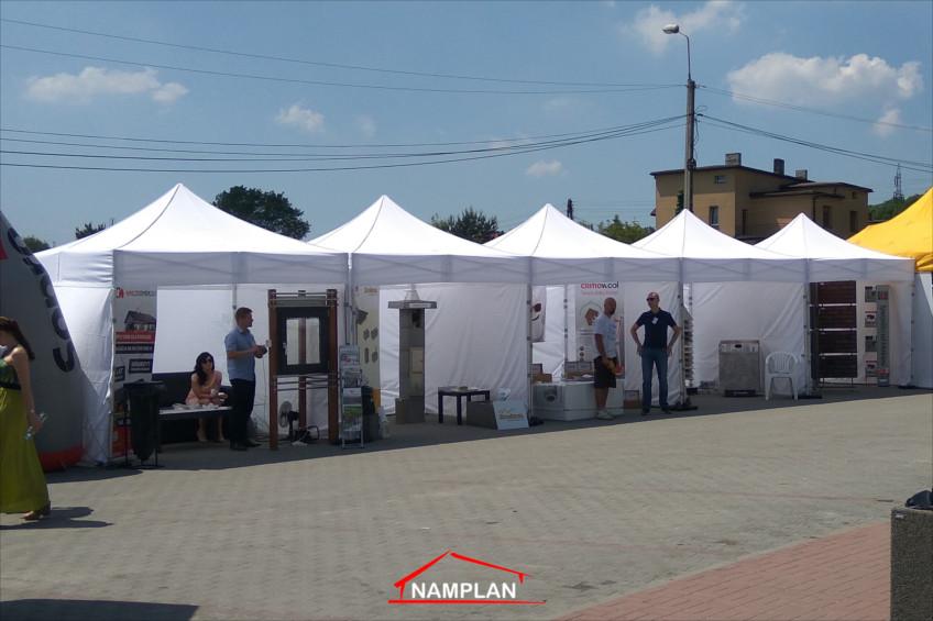 Namioty ekspresowe na targach budowlanych w Rybniku