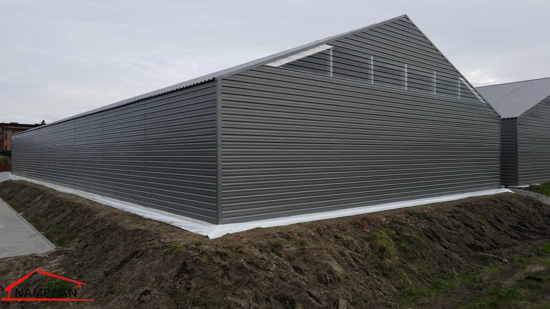 Hala magazynowa 18x40x4m z dachem z blachy trapezowej